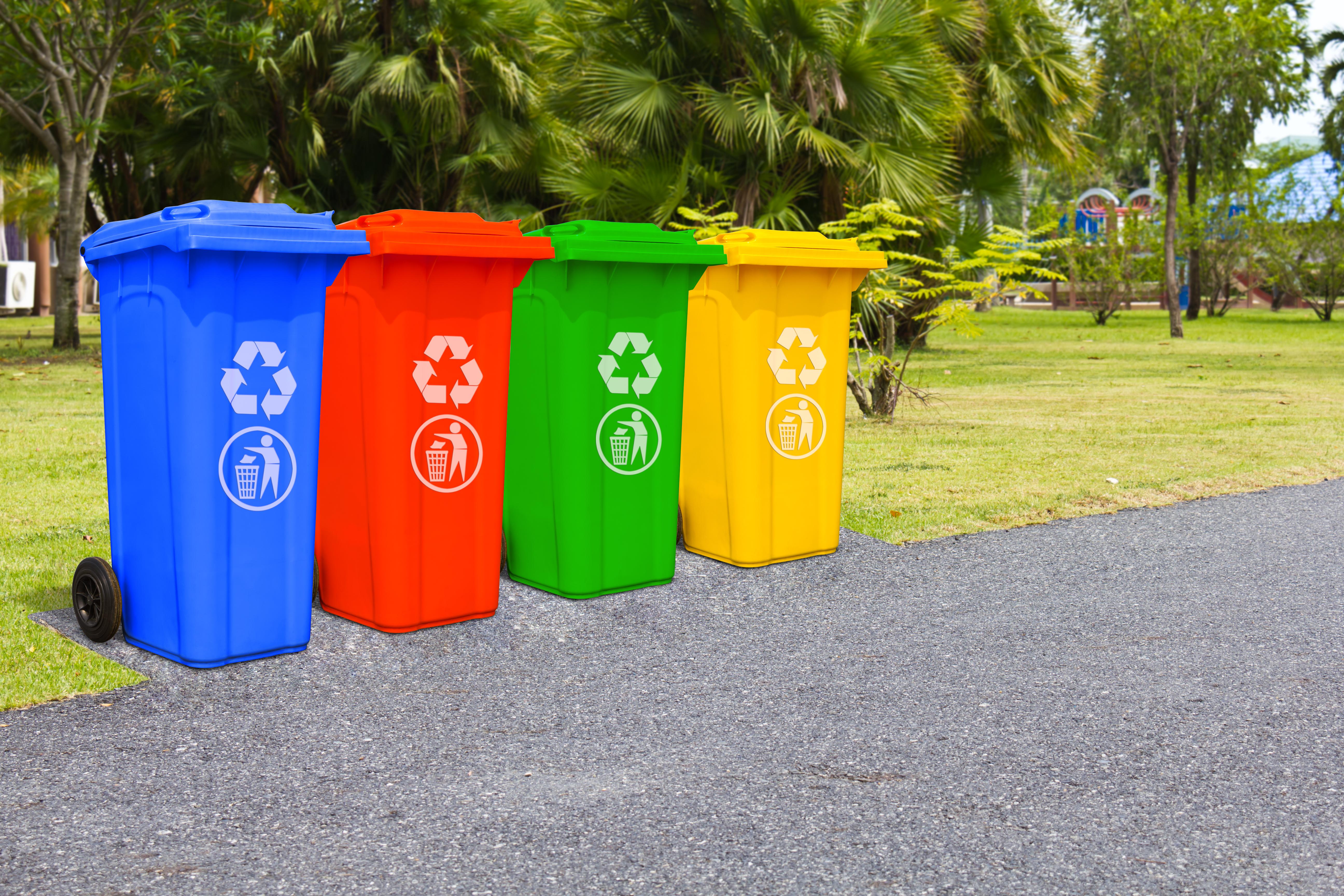 ごみ処理の業務と公共施設・商業施設のごみ箱に対するIoT活用事例